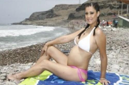 Karla Tarazona aún quiere ser madre de una mujercita