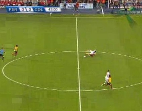 Gol: Perú 0 vs Colombia 1 - James Rodríguez - Clasificatorias Brasil 2014