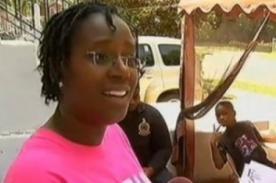 Mujer es multada con 50 mil dólares por dar comida a niños pobres
