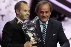 Andrés Iniesta elegido mejor jugador de Europa por la UEFA - Video