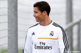 Video: Cristiano Ronaldo finge tras 'codazo' de Giorgio Chiellini
