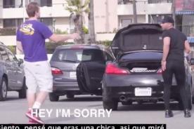 Insólito: Mira qué pasa cuando un hombre se pone leggins - Video