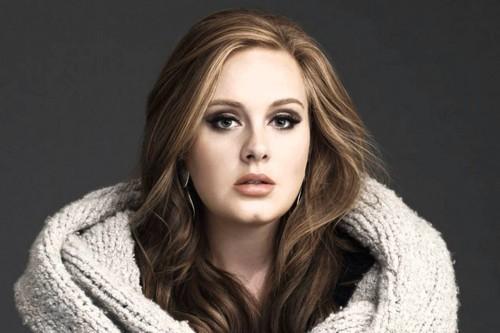 ¡Adele preocupa a fans con este vídeo! [VÍDEO]