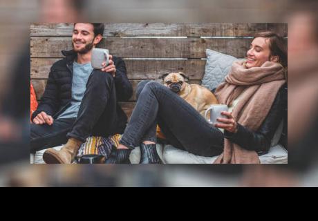 ¿Mujeres solteras salen hasta con cinco chicos? Esto dice la ciencia