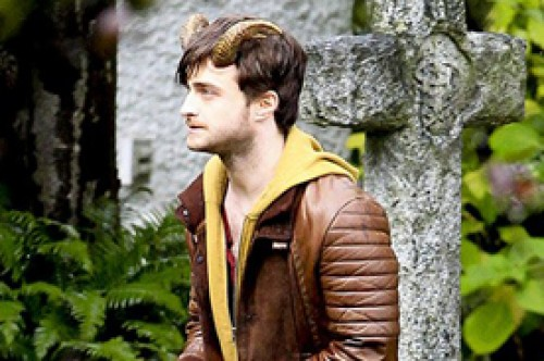 Daniel Radcliffe luce inmensos cuernos diabólicos grabando 'Horns'