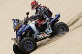 Campeón del Rally Dakar abandonó competencia por caída en barranco
