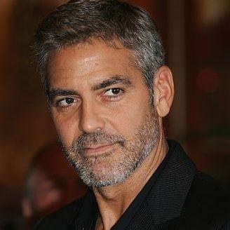 George Clooney interpretaría a Steve Jobs en el cine