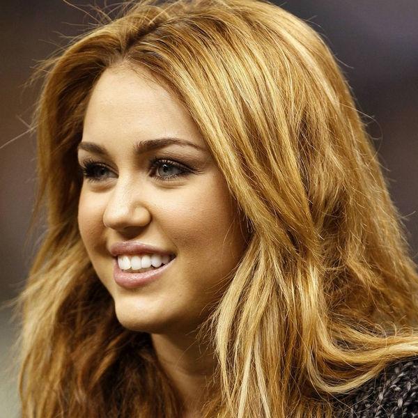 Miley Cyrus se habría vuelto fan de Whip My Hair de Willow Smith