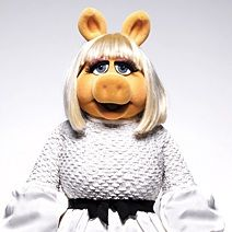 Miss Piggy debuta como top model en revista InStyle