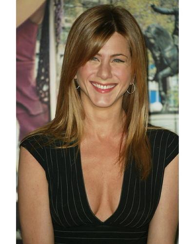 Jennifer Aniston logró complacer a Barbra Streisand con su caracterización