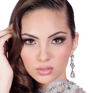 Natalie Vertiz representará hoy a la belleza peruana en el Miss Universo