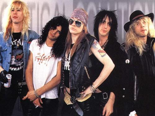 Guns N' Roses originales se reunirán solo por una noche