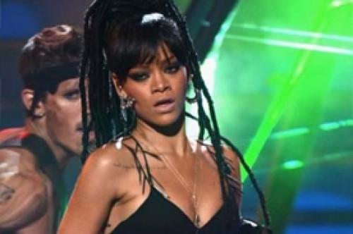 Rihanna: Chery Cole sería buen reemplazo de Jennifer Lopez en American Idol