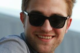 Robert Pattinson es fan de The X Factor: Simon debe volver