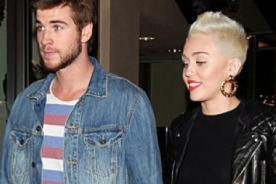 Hermana de Miley Cyrus niega que cantante y Liam Hemsworth planeen boda
