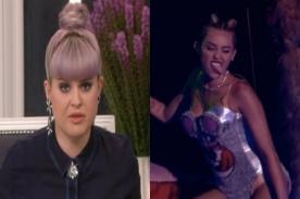 Kelly Osbourne a Miley Cyrus: ¡Pon tu p*ta lengua dentro de tu boca!