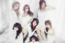 AOA revela la primera imagen promocional de su álbum 'Red Motion'