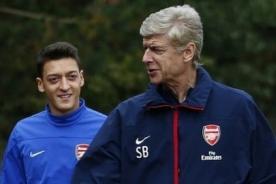 Arsene Wenger: Mesut Ozil tiene mejor dribling que Zinedine Zidane
