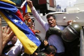 Venezuela: Leopoldo López, líder de la oposición se entregó a la justicia