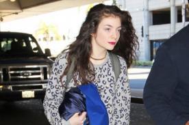 Lorde se defiende de paparazzi publicando su perfil de Facebook