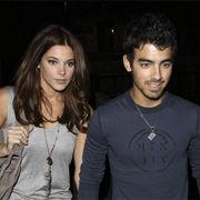 Ashley Greene prefiere guardar silencio sobre su relación con Joe Jonas