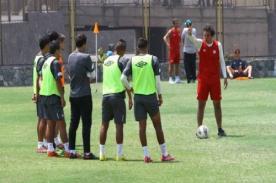 José Del Solar a jugadores de la 'U': Yo quiero hombres en mi equipo