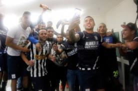 Copa Inca 2014: Así fue celebración de los Íntimos en el vestuario (Fotos)
