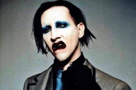 Marilyn Manson es recibido con huevos y agua bendita en Moscú [Fotos]