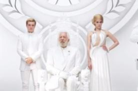 The Hunger Games Mockingjay: Presidente Snow lanza nuevo mensaje [Video]