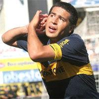 Juan Román Riquelme fue internado por dolores abdominales