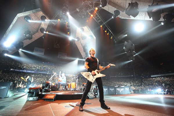 Concierto de Metallica en Chile terminó con 120 detenidos