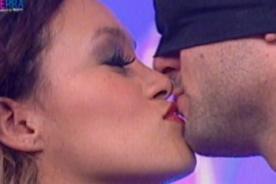 'Esto es Guerra' con denuncias por candentes besos entre los integrantes
