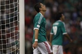 Video: 'Chicharito' Hernández se pierde un gol cantado ante Costa Rica