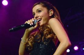 Ariana Grande usa vestidos de un sex shop