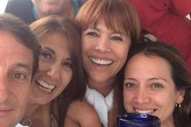 Magaly Medina también se une a la fiebre del 'selfie' - FOTO