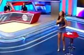 Natalie Vértiz recibe piropo travieso de periodista en vivo - VIDEO