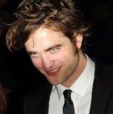 Robert Pattinson confiesa que extraña Inglaterra