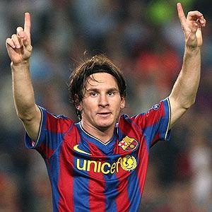 Champions League: Prensa inglesa se rinde ante Messi y condenan expulsión de Van Persie