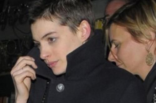 Anne Hathaway no quiere verse en The Dark Knight Rises cuando estrene