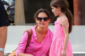 Katie Holmes prefiere que su hija no use ropa de diseñador
