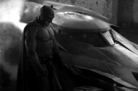 Redes sociales se burlan de nuevo traje de Batman [Fotos]