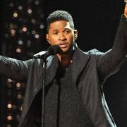 Revive las actuaciones de Rihanna y Usher en el concierto de nominaciones al Grammy