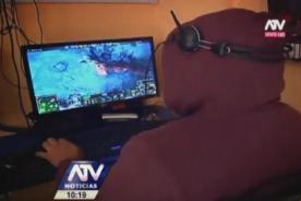 Adolescente se fugó con casi 300 dólares de su madre por jugar al DOTA 2 - VIDEO