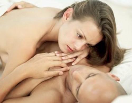Mujeres fingen orgasmos para retener a sus parejas
