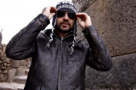 Juanes aprovechó en visitar la Fortaleza de Sacsayhuamán