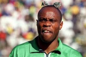 Nigeria: Conocido futbolista disminuyó su edad por 12 años