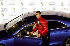 Video: Jugadores del Real Madrid recibieron espectaculares autos