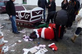'Papá Noel' sufrió accidente se pasó de copas  y terminó ebrio