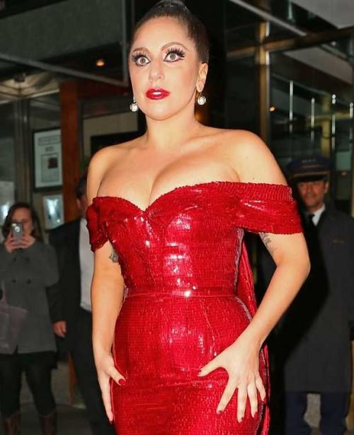¿Embarazada? Lady Gaga estaría esperando a su primer bebé