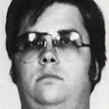 Mark Chapman, quien mató a John  Lennon, pensó también en asesinar a Elizabeth Taylor
